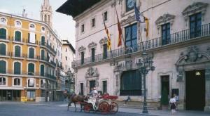 plaza_cort_palma